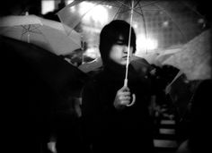 """Wearing soft-soled shoes and equipped with the quiet shutter of a Leica camera, the photographer James Whitlow Delano strives to remain virtually unseen by his subjects"" - The Shy, Discreet Energy of Tokyo - The New Yorker Work In Japan, Shibuya Tokyo, Tokyo Japan, Australian Painters, Classic Image, Bw Photography, Photographs Of People, Life Magazine, Camera Lucida"