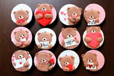 Forever Friends Valentines - Cake by Sarah - Estrele Cakes - CakesDecor Valentines Day Cookies, Valentines Cakes And Cupcakes, Valentine Cookies, Fondant Cupcakes, Fondant Toppers, Bear Cookies, Cupcake Cookies, Cakepops, Tolle Cupcakes