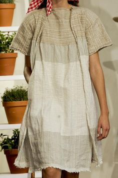 Tank dress and duster in linen for summer travel. Layers without being too hot to stand. Daniela Gregis Details S/S '13
