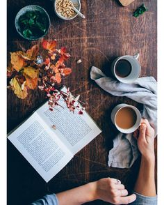 FALLing for a good book and some English Breakfast tea!