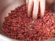 Kidney Beans Nutrition Helps Fight Diabetes, Heart Disease, and Even Some Cancers How To Cook Chili, How To Cook Barley, How To Cook Steak, How To Cook Chicken, Kidney Beans Nutrition, Recipes With Kidney Beans, Quick Chili Recipe, Dry Beans Recipe, Best Cooking Oil