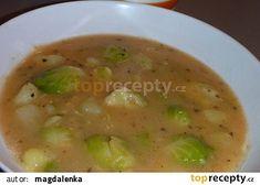 Růžičková kapusta s brambory - prívarok recept - TopRecepty.cz Cheeseburger Chowder, Soup, Soups