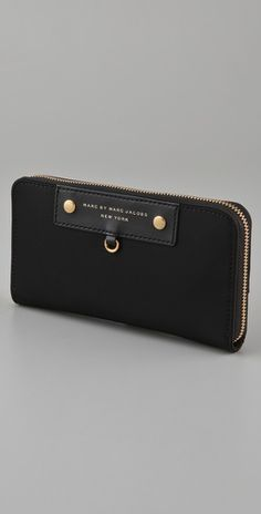 marc jacobs wallet is the BEST