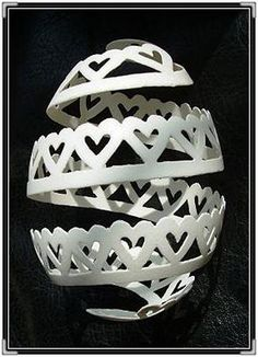 Carved Goose Egg-love heart by Superman.Sculptor, via Flickr