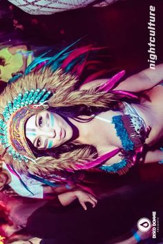 feather headress | via Tumblr