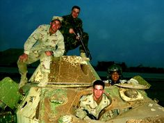 Rusty Pszh hulk and US soldiers in Iraq.
