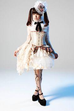 Luna Haruna is the embodiment of Lolita.