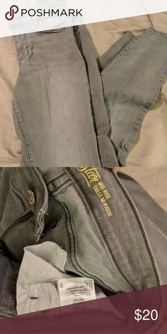 345bd76792 Old Navy Rockstar Mid-Rise Jeans in Grey Old Navy Rockstar Mid-Rise Jeans