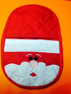 In the hoop Santa oven mitt embroidery by Christysdigitalfiles