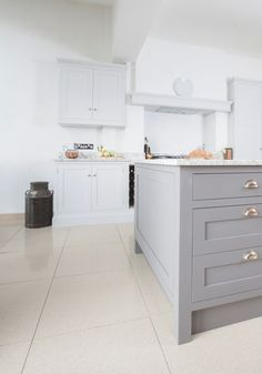 Chalkhouse Interiors - beautiful French inspired kitchen with Little Greene Paint Company Dark Lead island Grey Kitchen Cabinets, Grey Painted Kitchen, Shaker Style Kitchens, Painted Kitchen Cabinets Colors, House Design Kitchen, Home Kitchens, Modern Kitchen Interiors, Kitchen Cabinets Painted Grey, Kitchen Paint
