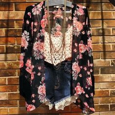 Denim shorts, Knitted crop top, & Sheer rose cardi Moda Fashion, Cute Fashion, Teen Fashion, Fashion Outfits, Womens Fashion, Floral Fashion, Looks Style, Style Me, Casual Outfits