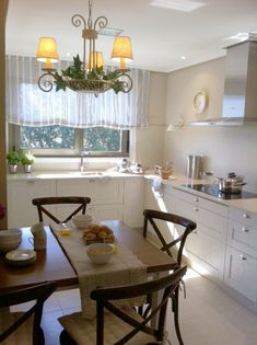 Beach Cottages, Home Kitchens, Table, Furniture, Design, Home Decor, Kitchens, Environment, Rustic White Kitchens