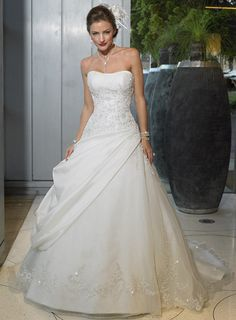 Google Image Result for http://image.made-in-china.com/2f0j00tvKaHTEqqQbd/2010-New-Wedding-Dresses-WWMG082-.jpg