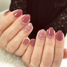 35 Cute Summer Nails Design Easy to Copy in 2019 35 Cute Summer Nails Design Easy to Copy in 2019 These trendy ideas would gain you amazing compliments. Check out our gallery for more ideas these are trendy this year. Cute Summer Nail Designs, Cute Summer Nails, Simple Nail Designs, Cute Nails, Glittery Nails, Pink Nails, My Nails, Stylish Nails, Trendy Nails