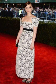Meet Penny Lovell - Anne Hathaway's Rumored New Stylist - ELLE