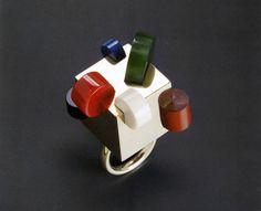 Jewelry by architects: Ettore Sottsass