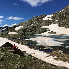 Camminata in montagna. Sport è passione, unione e spettacolo. La natura è il miglior compagno. (Laghi Lausfer) https://instagram.com/p/w_An-iBeYs/