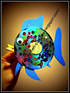 Easy Rainbow fish craft with CD. Moving mouth!