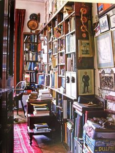 For all the bookworms out there who can appreciate an organized mess.