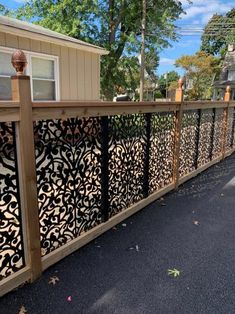 Fantastic Photos garden fence panels Ideas If you are looking at kennel area suggestions to define boundaries in your backyard, hide an eyesore, area cer. Garden Fence Panels, Diy Fence, Backyard Fences, Backyard Landscaping, Fence Ideas, Railing Ideas, Patio Ideas, Porch Railing Designs, Backyard Ideas