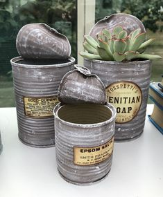 Tin Can Crafts, Crafts To Do, Decor Crafts, Metal Projects, Crafty Projects, Concrete Crafts, Shabby Chic Crafts, Decoupage Art, Upcycled Crafts
