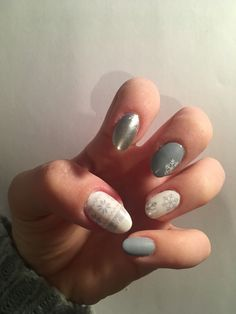 Winter nails #winter #sweater #nails #grey #sparkle #silver #matte #blue #snowflake #white #classy #creative #christmas