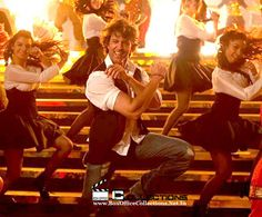 """Bang Bang enters into the list of """"Top 10 Highest Grossing Films of 2014""""   BoxOfficeCollections"""