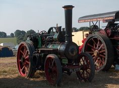 Steam Tractor, Old Wagons, Old Tractors, Steam Engine, Stirling, Pumping, Rollers, Buses, Jewelry Ideas