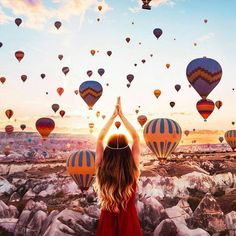 Cappadocia in Turkey has become known for its stunning hot-air balloon rides. These balloons fill the sky with tremendous color, as these photos show. Balloon Rides, Air Balloon, Balloons, Wonderful Places, Beautiful Places, Amazing Places, Turkey Destinations, Travel Destinations, Amazing Destinations