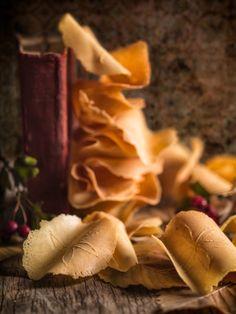 Brigidini di Lamporecchio (sweet wafers from Tuscany)