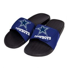 A day at the beach or a casual backyard barbeque party calls for footwear like these men's NFL cropped big logo slides. A lightly textured footbed . Dallas Cowboys Shoes, Dallas Cowboys Women, Dallas Cowboys Football, Pittsburgh Steelers, Cowboy Shoes, Cowboy Gear, Slide Sandals, Flip Flop Sandals, Slide Flip Flops