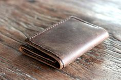 Mens Wallet , Custom Leather Wallet , Minimalist Bifold Wallet , Personalized Wallet , Engraved Wallet with Initials
