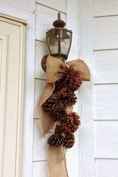 Une décoration à fabriquer soi-même pour personnaliser la façade de la maison à Noël