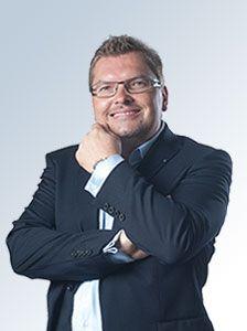 Mag. Martin Schellrat Geschäftsführung