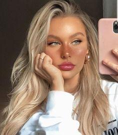 Skin Makeup, Beauty Makeup, Hair Beauty, Contouring Makeup, Tumbrl Girls, Blonde Hair Looks, Natural Makeup Looks, Natural Beauty, Aesthetic Makeup