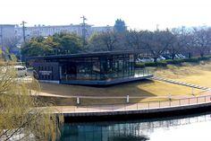 世界一美しいスターバックス 富山環水公園店