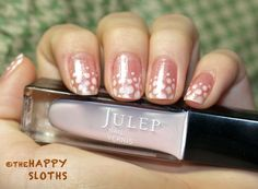 The Happy Sloths: Shimmery Pearly Nails