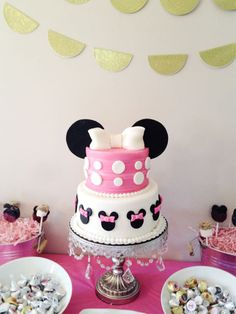Great Minnie Mouse cake #cake #minniemouse