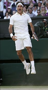 2009 David Blaine taught me this trick,how to levitate at will, just because I can. Wimbledon No. 6 (defeated Roddick) RF did just a couple of these because he told the press he was very aware of Andy on other side of the net and that he had been in those shoes too!!