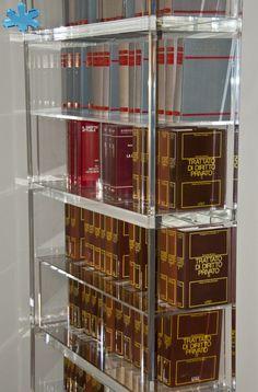 LIBRERIE IN PLEXIGLAS | Libreria trasparente in plexiglass mod.     BLOCCO sp.mm.40    | particolare