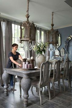 Marvelous French Country Dining Rooms Decoration Ideas - Page 10 of 99 Shabby Chic Dining Room, French Country Dining Room, French Country Rug, Dining Room Table Decor, French Country Kitchens, Elegant Dining Room, Dining Room Sets, French Country Decorating, Dining Room Design