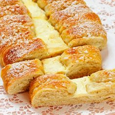 Types Of Desserts, No Bake Desserts, Finnish Recipes, Cake Recipes, Dessert Recipes, Good Food, Yummy Food, Sweet Pastries, Sweet Cakes