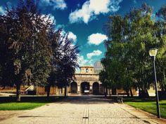 Good Saturday to everyone! #ciudadela #pamplona #navarra #spain #españa #europa #europe #park #tree #sky #blue #cloud #clouds #cloudporn #love #amazing #ciudad #city #instagram #instaday #instagramers #instacool #instagood #weekend #i #sebamarin