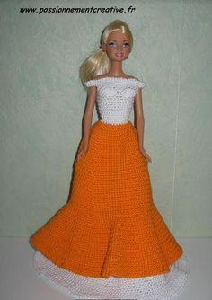 L'antillaise de Sandrineh21 Crochet Barbie Clothes, Barbie Gowns, Aurora Sleeping Beauty, Creations, Two Piece Skirt Set, Dolls, Disney Princess, Knitting, Skirts