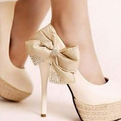 Heels with Bows <3
