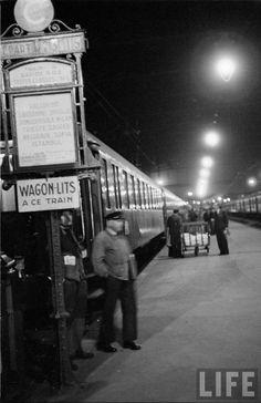Orient Express leaving Paris Gare de Lyon - 1950