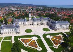 A 15 legszebb kastély Magyarországon - Impress Magazin Amazing Buildings, Hungary, Poland, Around The Worlds, Castles, Explore, Mansions, Architecture, House Styles