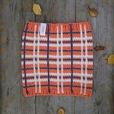 Knitted tartan neckwarmer