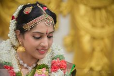 Bhargav and Shweta's wedding at AVM Rajeshwari Mandap in Chennai was like that, Tamil Brahmin Wedding Photography TamBrahm Wedding Across an Atlantic Ocean Indian Hairstyles, Bride Hairstyles, Bridal Hairstyle Indian Wedding, Atlantic Ocean, Wedding Shoot, Indian Beauty, Indian Actresses, Best Makeup Products, Color Combinations
