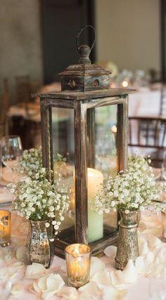 Simple yet stunning wedding centrepiece